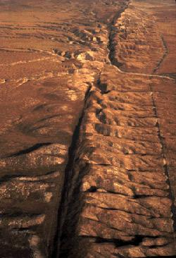 The San Andreas fault, runs 810 miles through California in the United States.