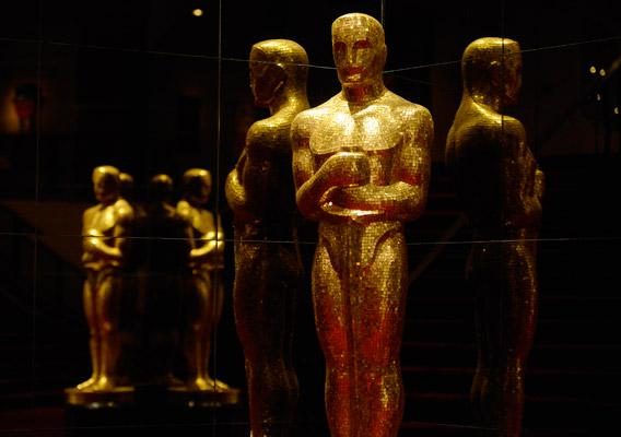An Oscar statue is seen at the Academy of Motion Picture Arts and Sciences following the 85th Academy Awards nominee announcements in Beverly Hills, California January 10, 2013.