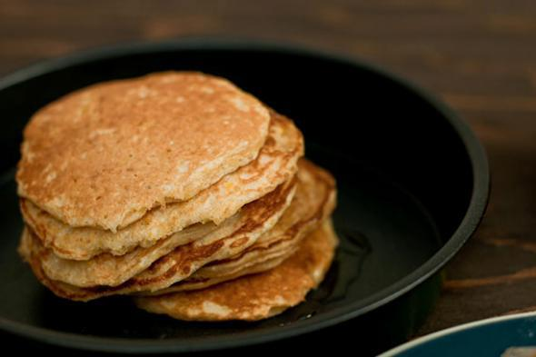 Hoecakes with syrup.