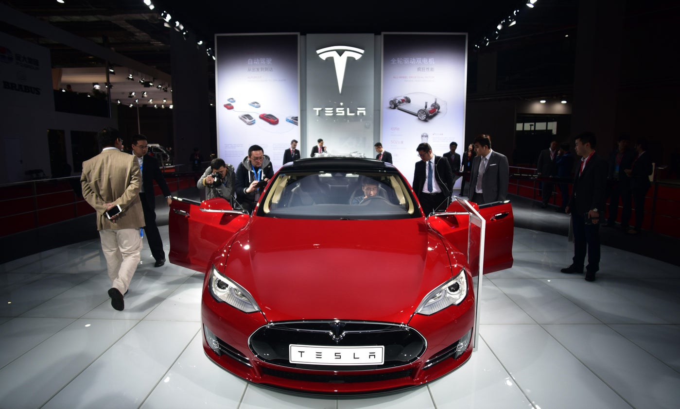 Tesla Model S P85D breaks Consumer Reports ratings, scores 103 out of 100.