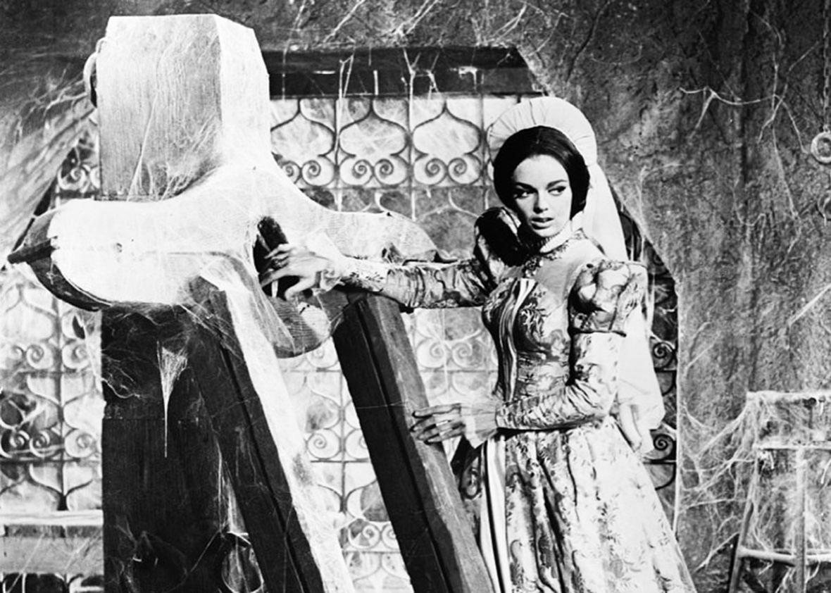 Barbara Steele in Pit and the Pendulum.