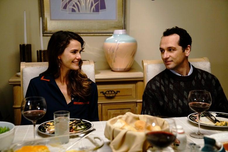 Keri Russell as Elizabeth Jennings and Matthew Rhys as Philip Jennings on The Americans.