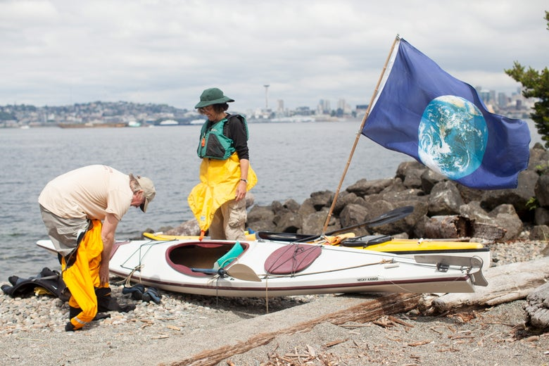 Martin Adams and Mira Leslie of Vashon Island prepare to enter the Puget Sound for a Shell Oil protest.