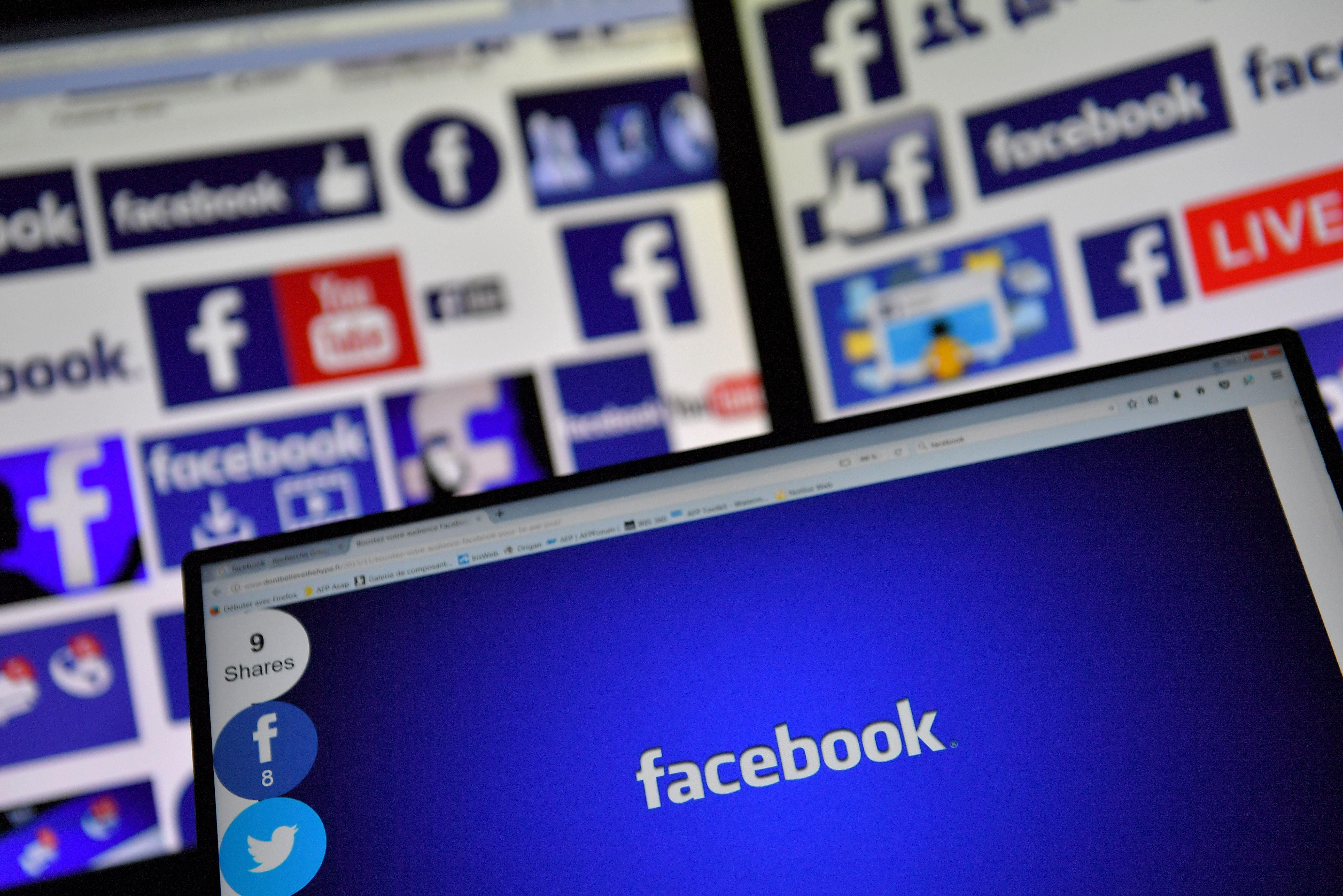 Facebook messenger logos