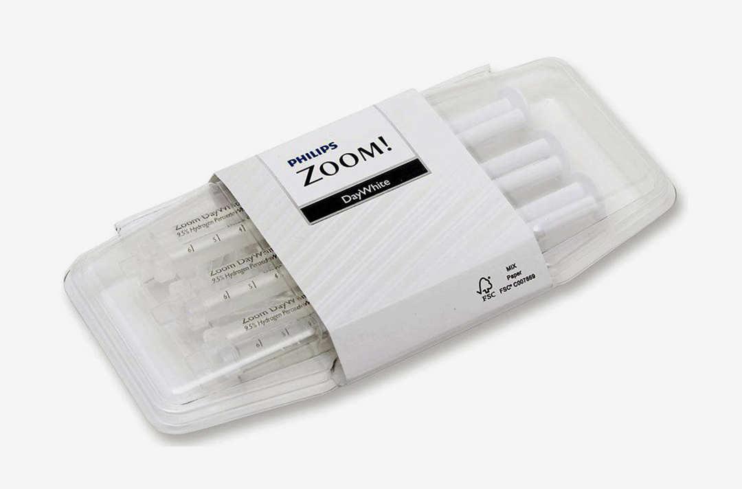 Philips Zoom Day White 14 % Syringe Pack.