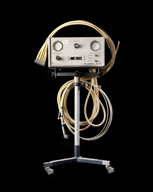 Historical Breathing Machine, 2012.