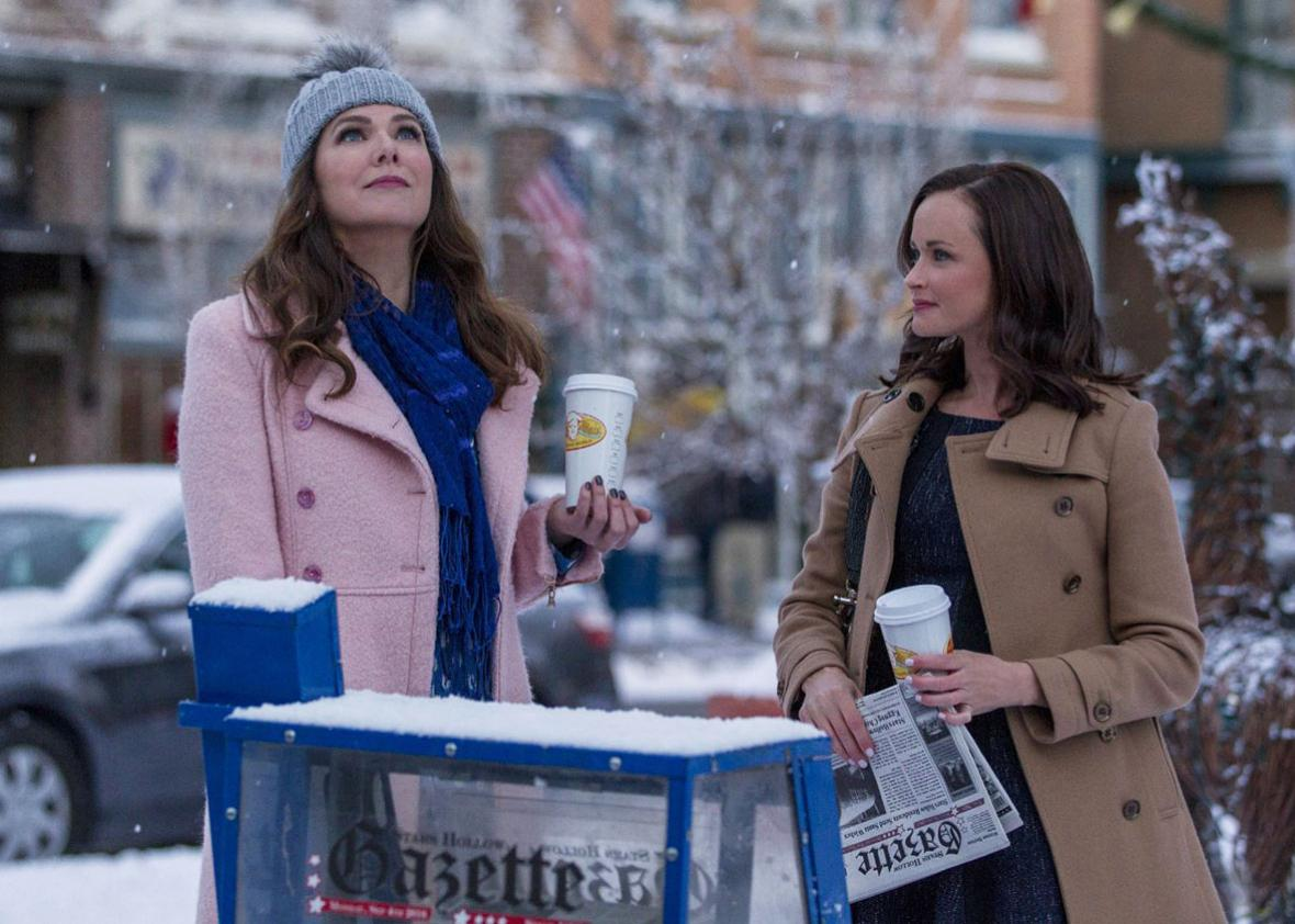 Alexis Bledel and Lauren Graham in Gilmore Girls: A Year in the Life.