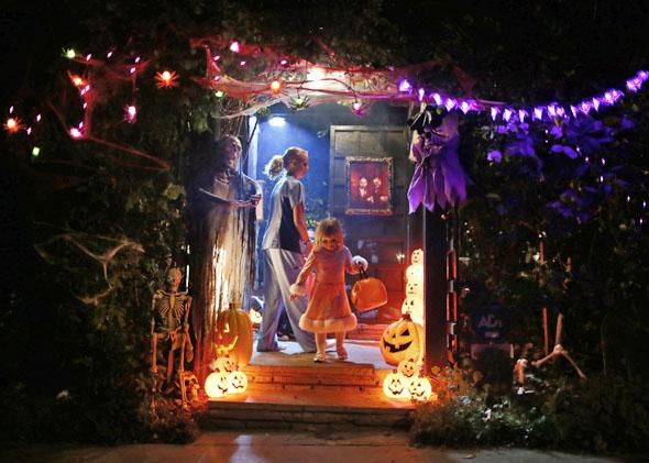 Children go trick-or-treating for Halloween in Santa Monica, California, October 31, 2012.