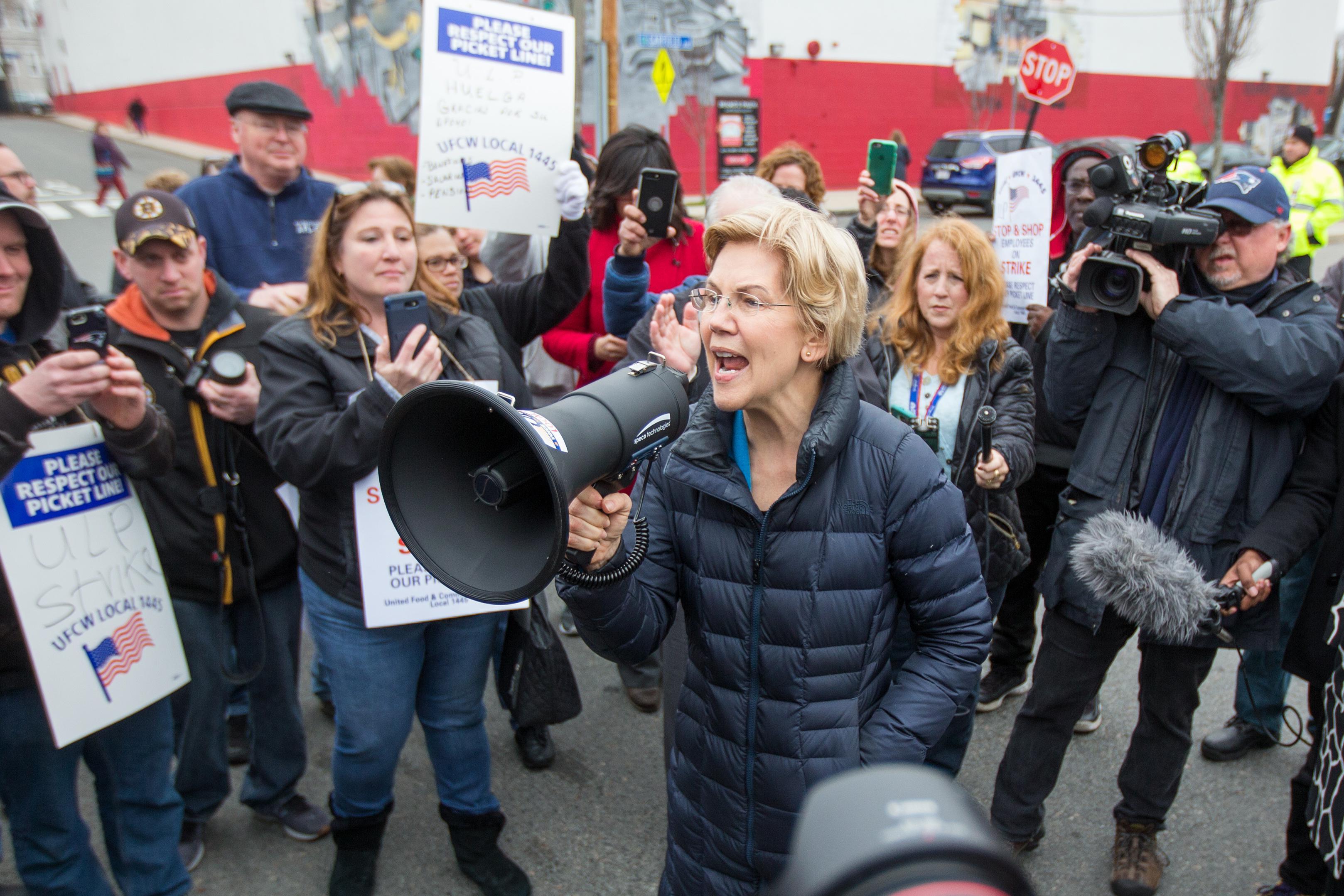 Sen. Elizabeth Warren with striking Stop & Shop workers in Somerville, Massachusetts.