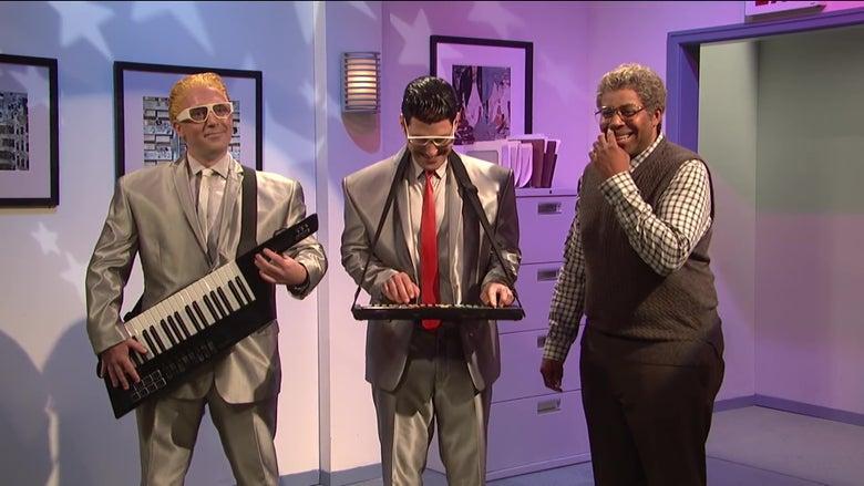 Watch Paul Rudd and Beck Bennett Ruin a Retirement Party on SNL