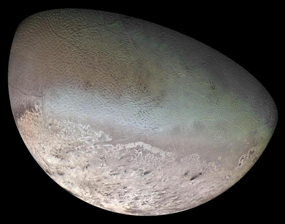 triton neptune moon nitrogen ice clouds photo.