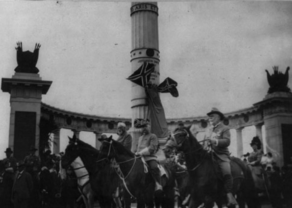 George Washington Custis Lee (1832–1913) on horseback with staff reviewing Confederate Reunion Parade in Richmond, June 3, 1907, in front of the Jefferson Davis Monument.