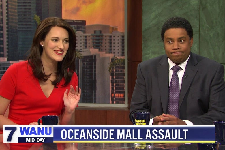 Phoebe Waller-Bridge and Kenan Thompson sitting behind a news desk.