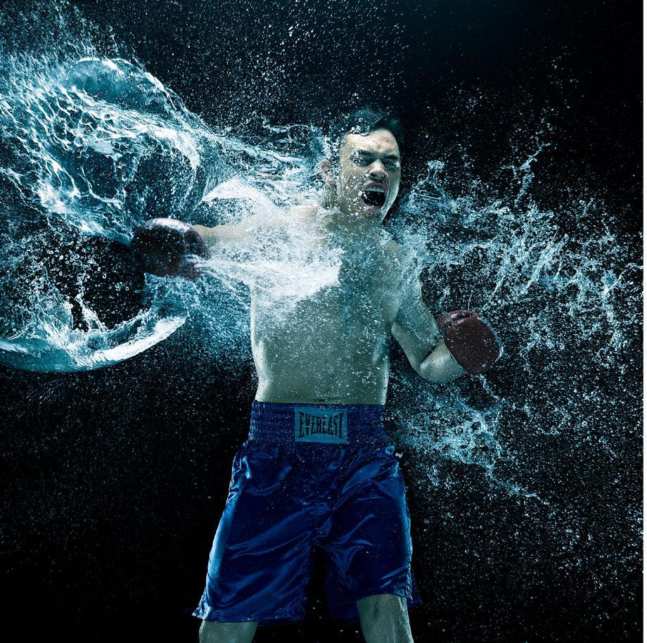 Howard Schatz's book All The Fights chronicles boxing.