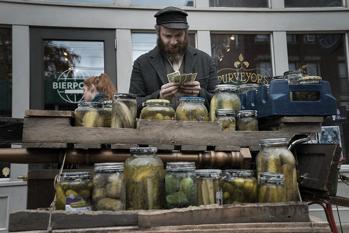 An American Pickle's prop master on how they made the pickles for the Seth  Rogen movie.