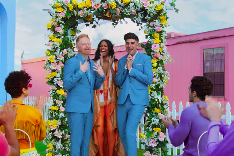 Jesse Tyler Ferguson and Justin Mikita are married by Ciara.