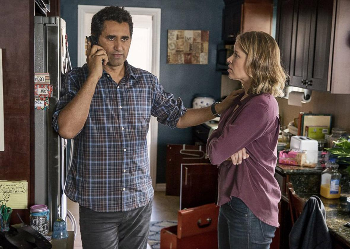 Cliff Curtis and Kim Dickens in Fear the Walking Dead.
