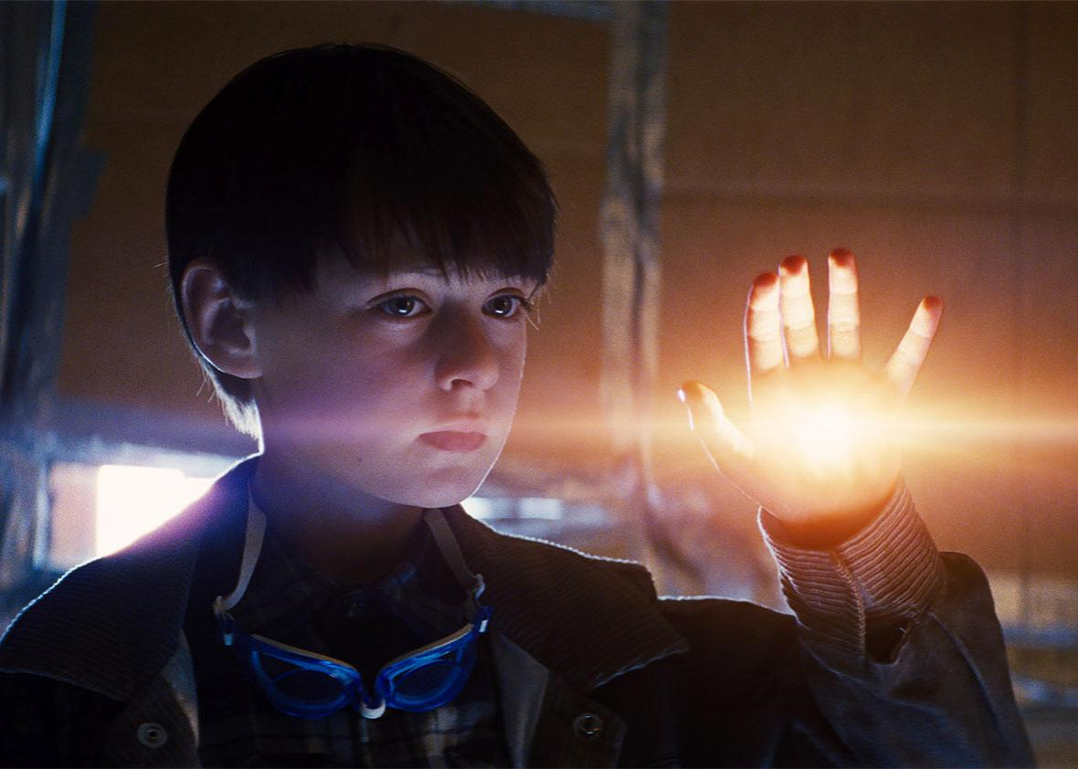 Jaeden Lieberher as Alton in Midnight Special.