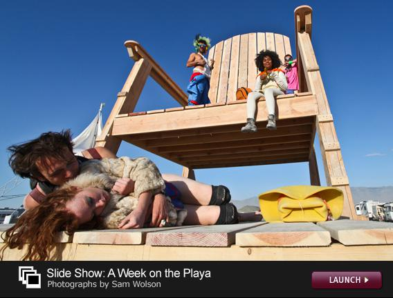Click to see a slide show of Burning Man photos.