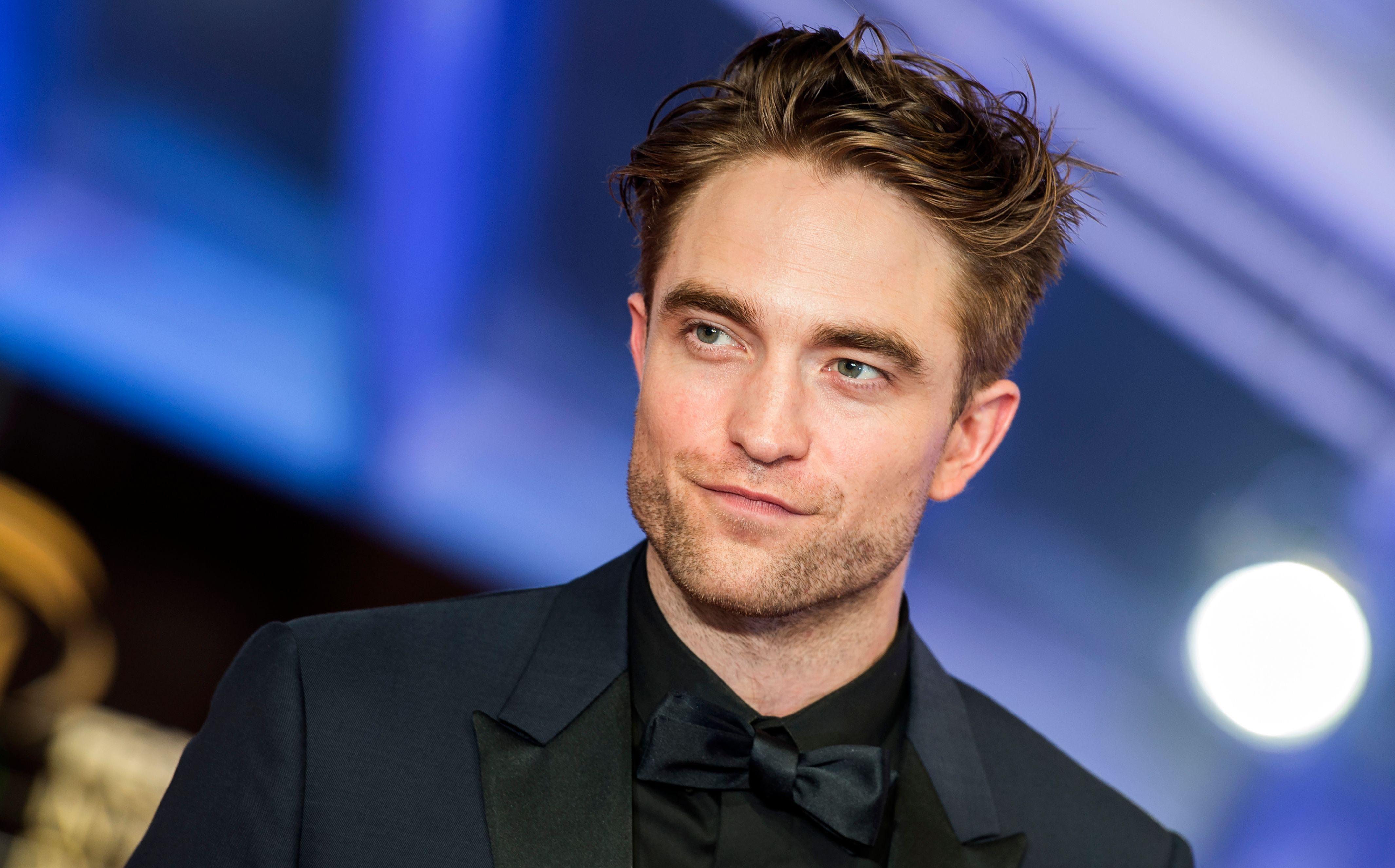 Robert Pattinson headshot.