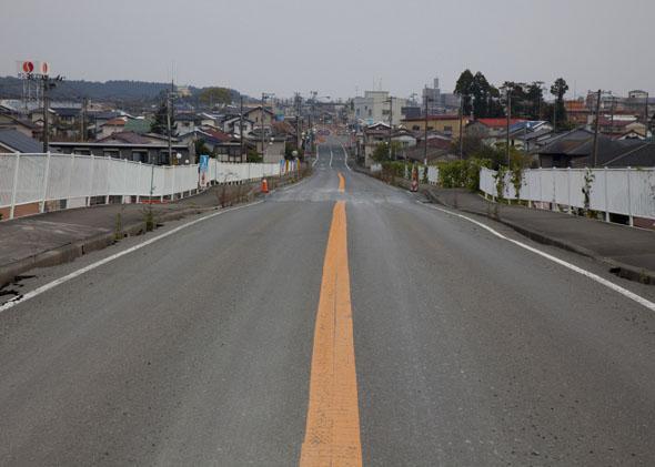 A deserted road in Namie, Fukushima, November 14, 2011.