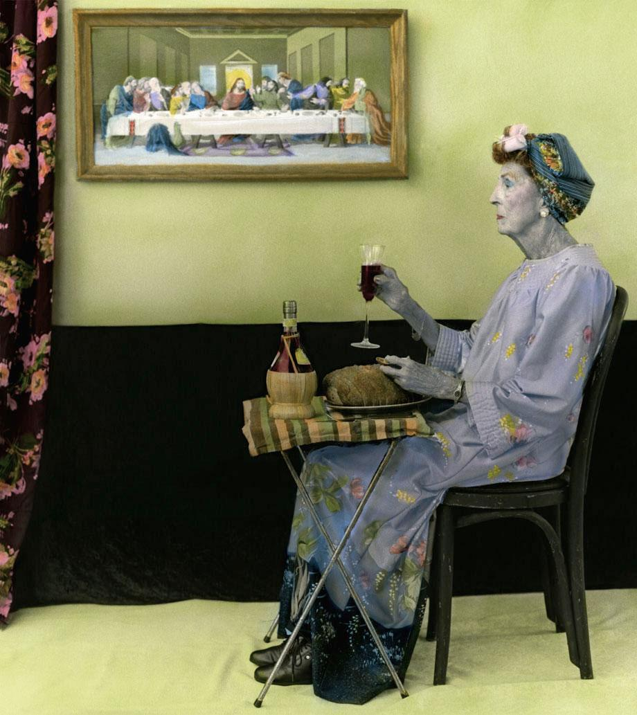 Arrangement in Grey and Black Portrait of the Artist's Mother.