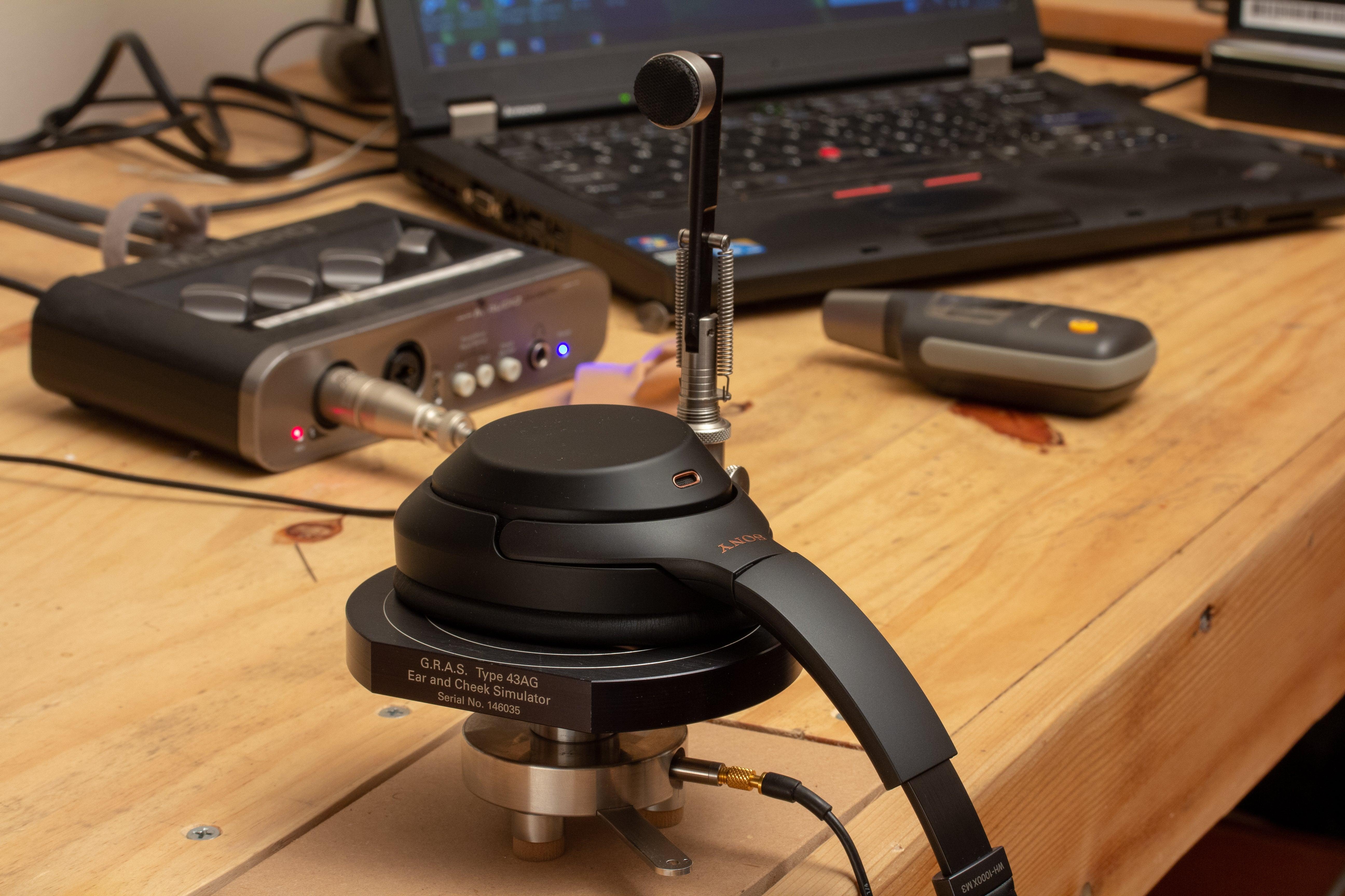 GRAS 43AG ear-and-cheek simulator.