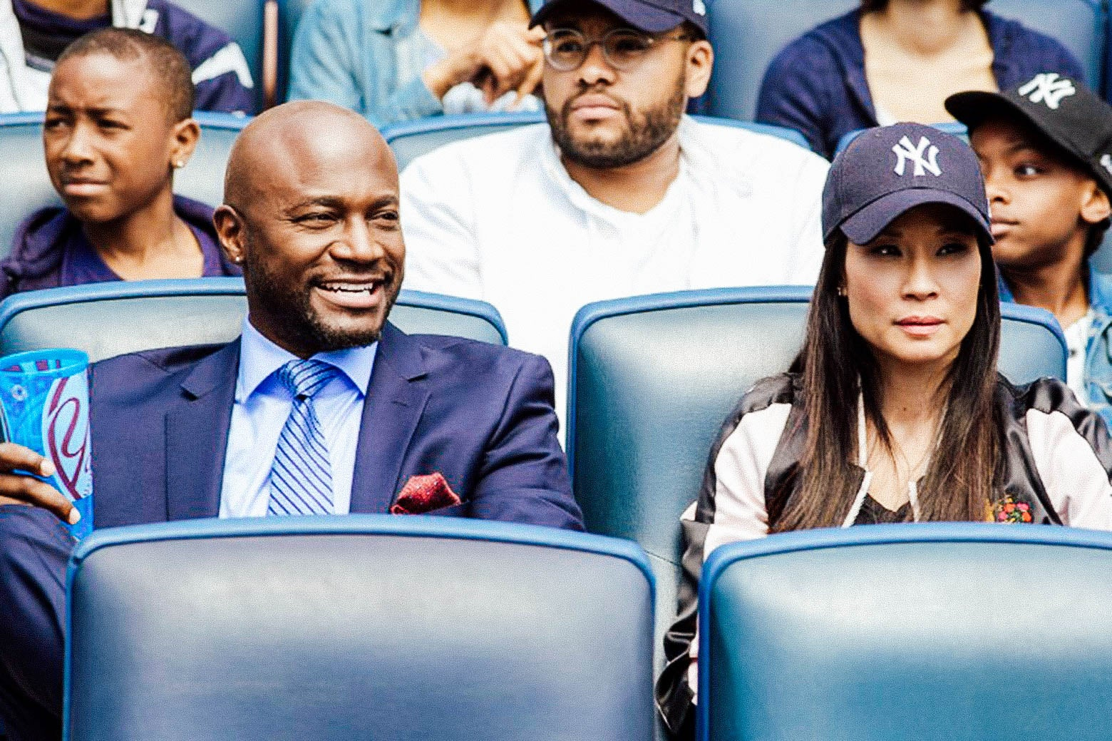 Taye Diggs and Lucy Liu in Set It Up.