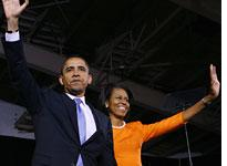 Barack and Michelle Obama. Click image to expand.
