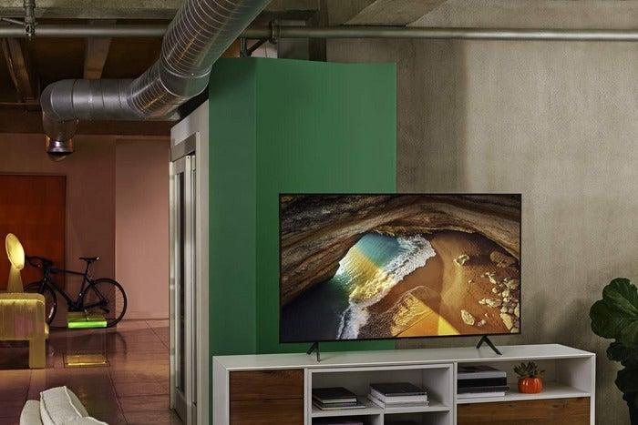 Samsung Flat 49-Inch QLED 4K Q60 Series Ultra HD Smart TV