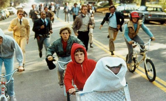 Still of Henry Thomas in E.T.: The Extra-Terrestrial