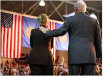 Hillary and Bill Clinton. Click image to expand.