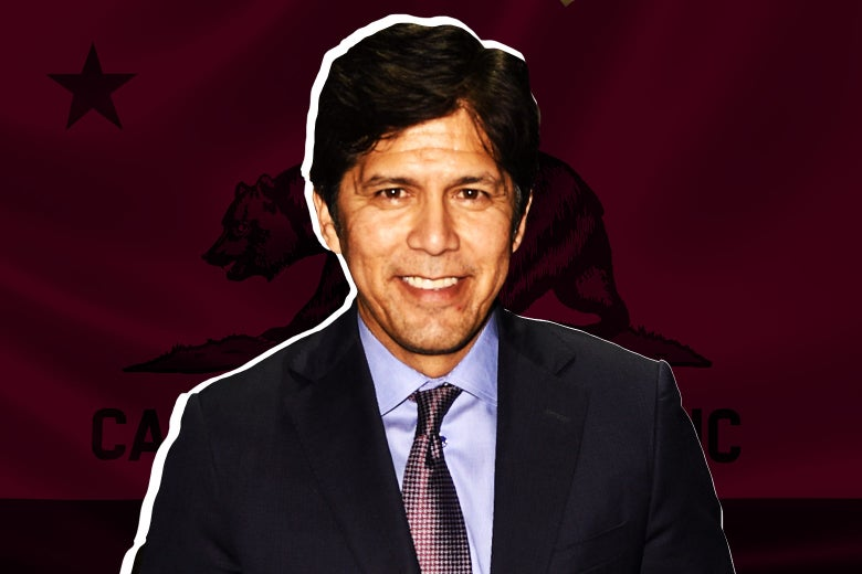 Kevin de León against the background of the California flag.