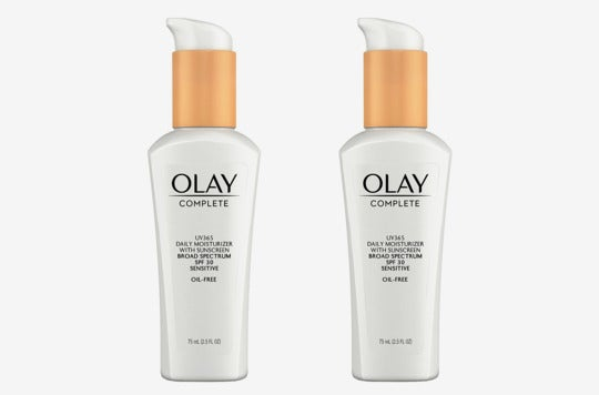 Olay Complete Daily Defense All Day Moisturizer With Sunscreen SPF30 Sensitive Skin (Pack of 2).