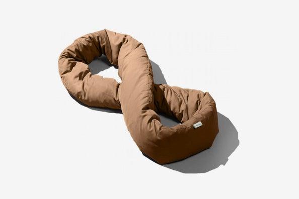 Huzi Infinity Pillow.