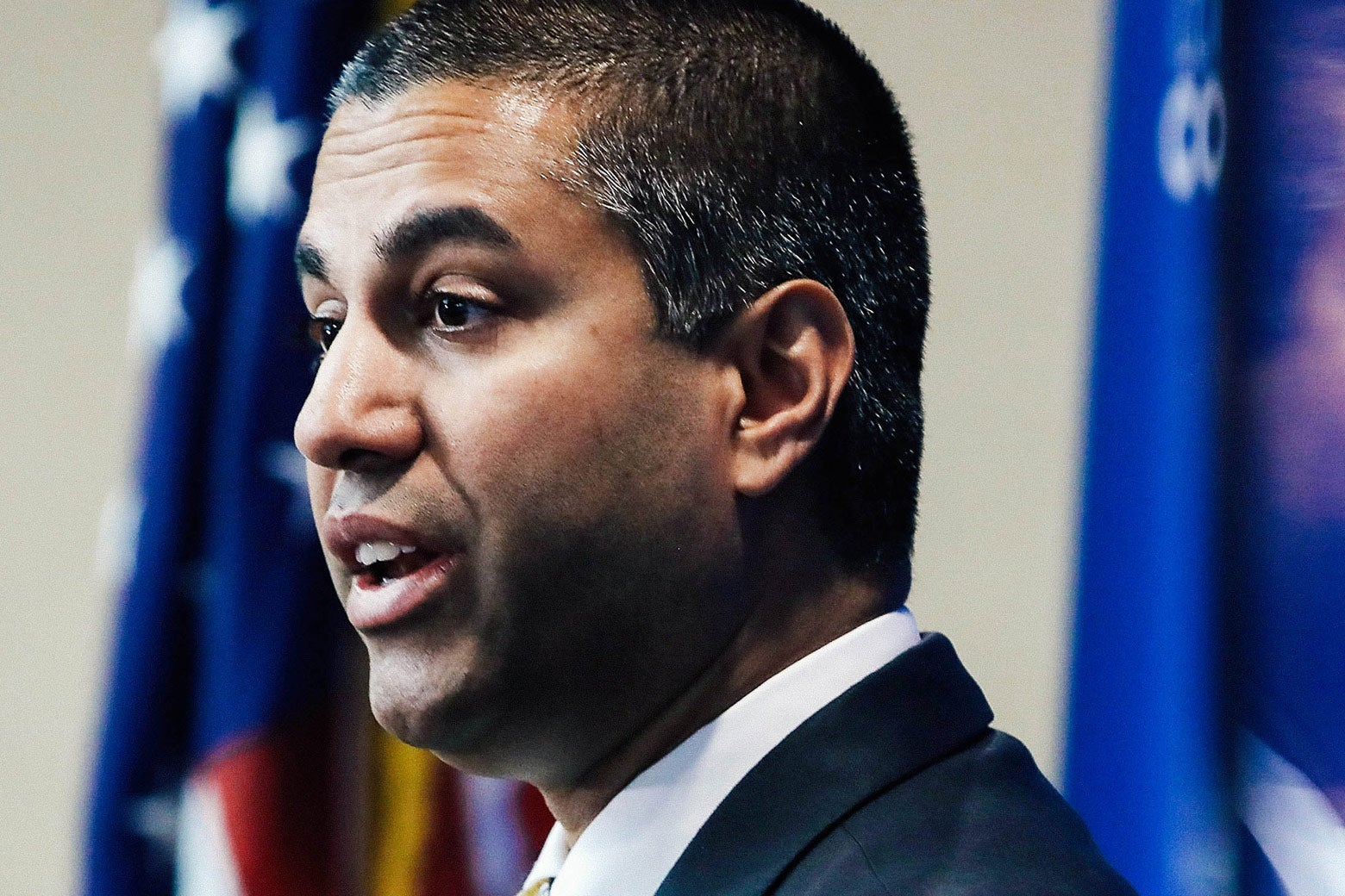 slate.com - April Glaser - Congress Is About to Blow Its Chance to Save Net Neutrality