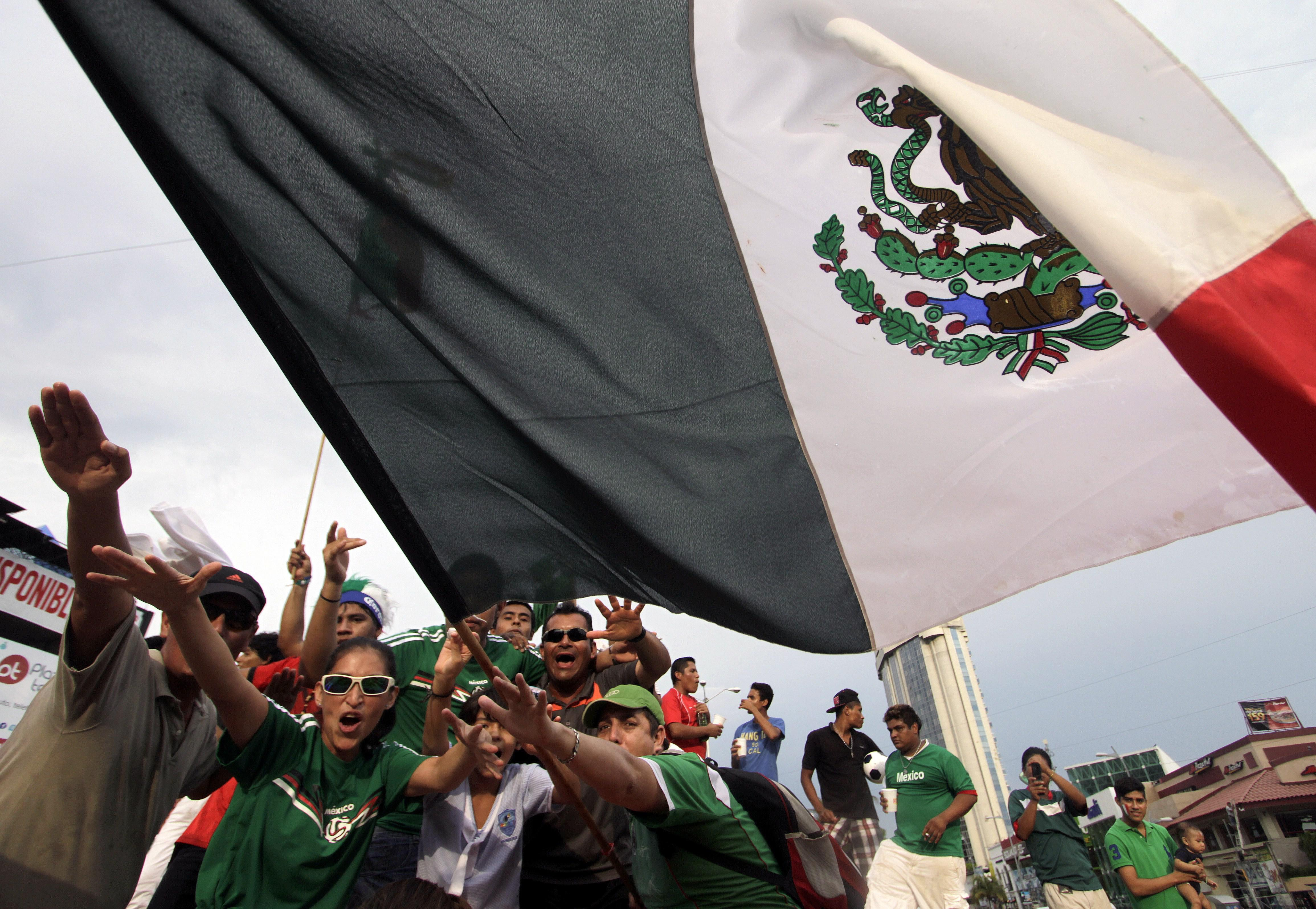 Mexican Fans Celebrate After The Mexico Vs Croatia Fifa World Cup Match