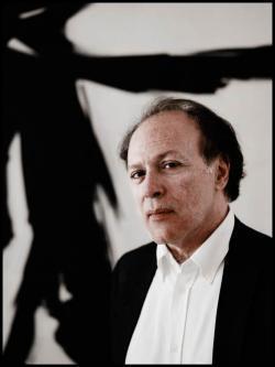 Author Javier Marías.