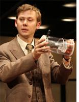 Jimmi Simpson in The Farnsworth Invention