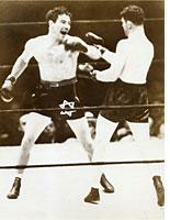 Max Baer (left) vs. James J. Braddock heavyweight championship fight, Long Island City, New York, June 13, 1935. Click image to expand.