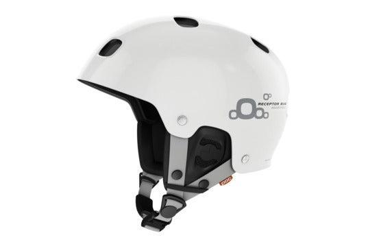 Ski helmet.