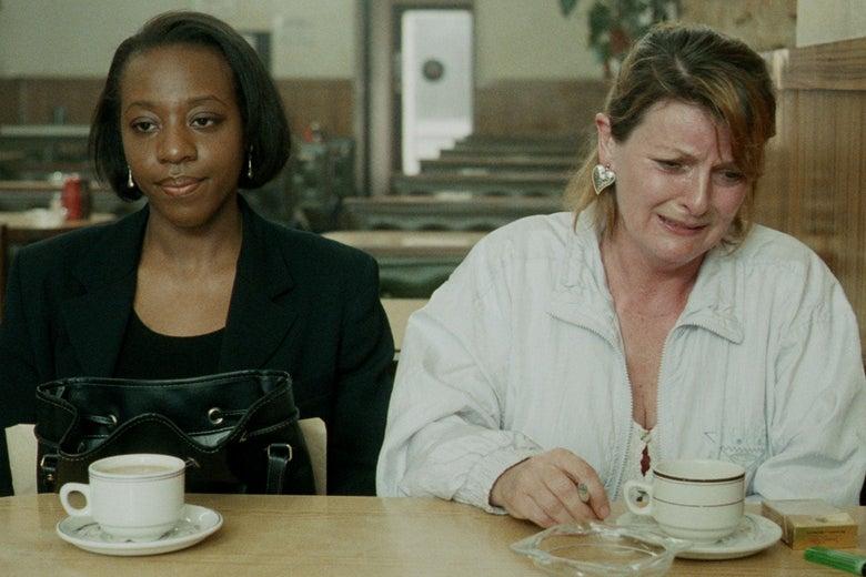 Brenda Blethyn and Marianne Jean-Baptiste in Secrets & Lies.