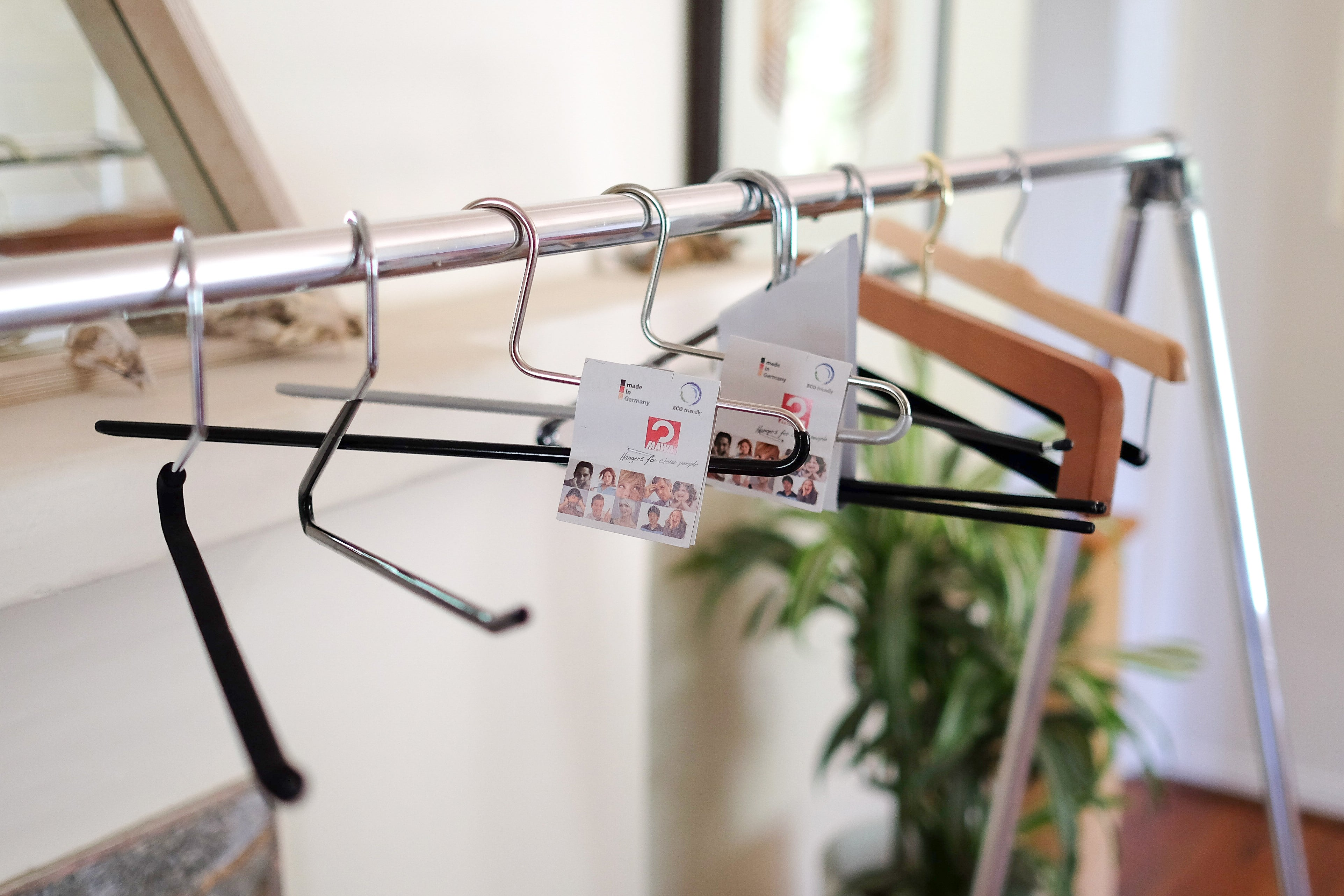 """Mawa Open-Ended """"Z"""" Non-Slip Pant Hangers"""