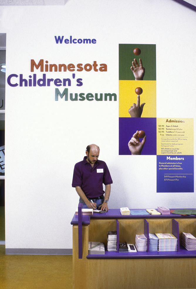 Signage, Wayfinding and Environmental Graphics for the Minnesota Children's Museum