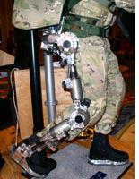 This exoskeleton helps soldiers take a load off