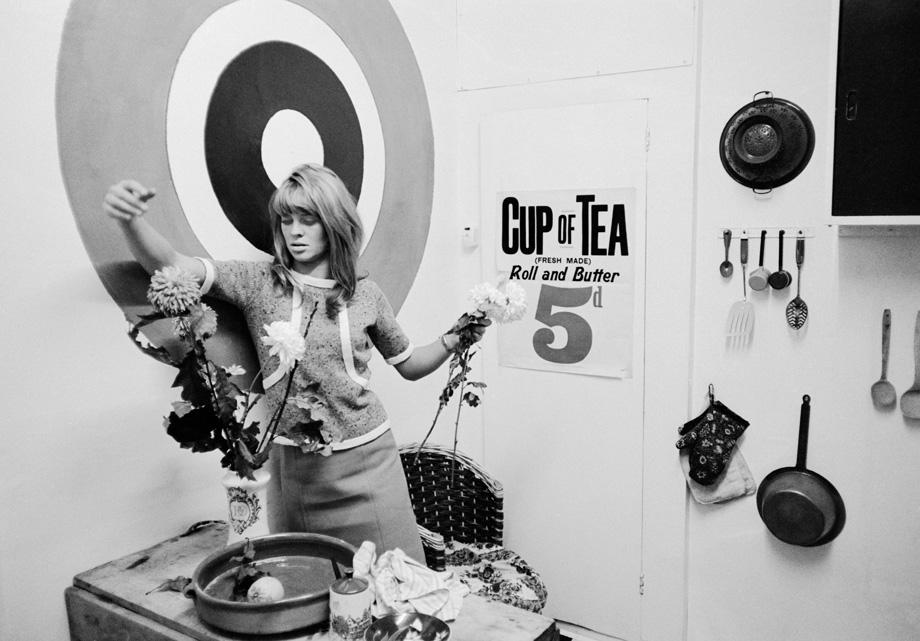 London. Actress Julie Christie in her flat. 1965.