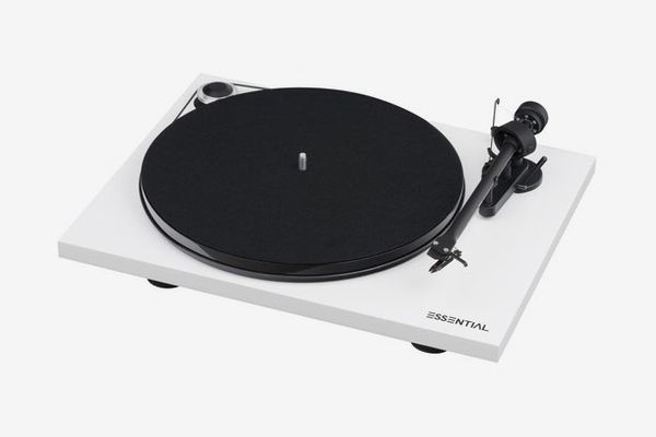 Pro-Ject Audio Systems Essential III Turntable