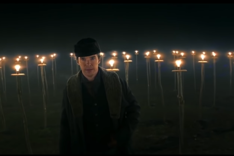 Benedict Cumberbatch as Thomas Edison amid a field of light bulbs.