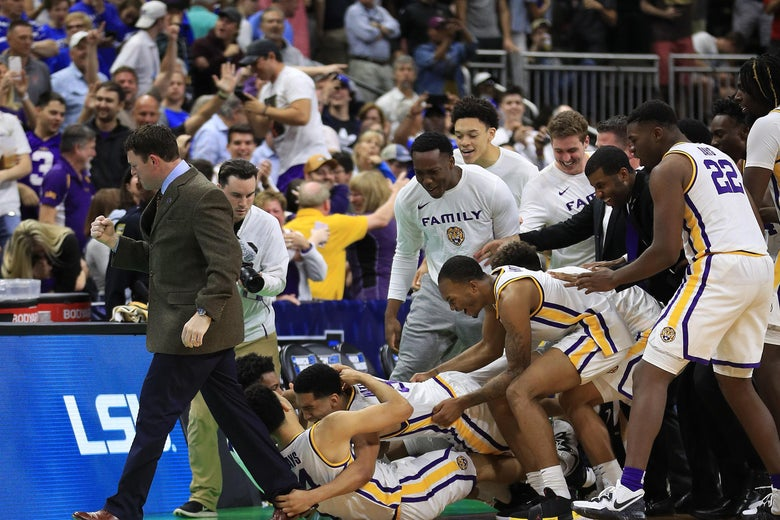 JACKSONVILLE, FLORIDA - MARCH 23: The LSU Tigers celebrate1 their 69-67 win over the Maryland Terrapins in the second round of the 2019 NCAA Men's Basketball Tournament at Vystar Memorial Arena on March 23, 2019 in Jacksonville, Florida. (Photo by Mike Ehrmann/Getty Images)