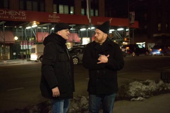 """Louie """"Cop Story"""" episode featuring Michael Rapaport offers a"""